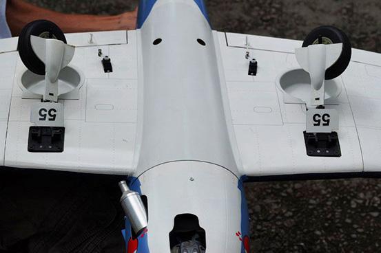 VQ Models Electric Retract suit F6F Hellcat